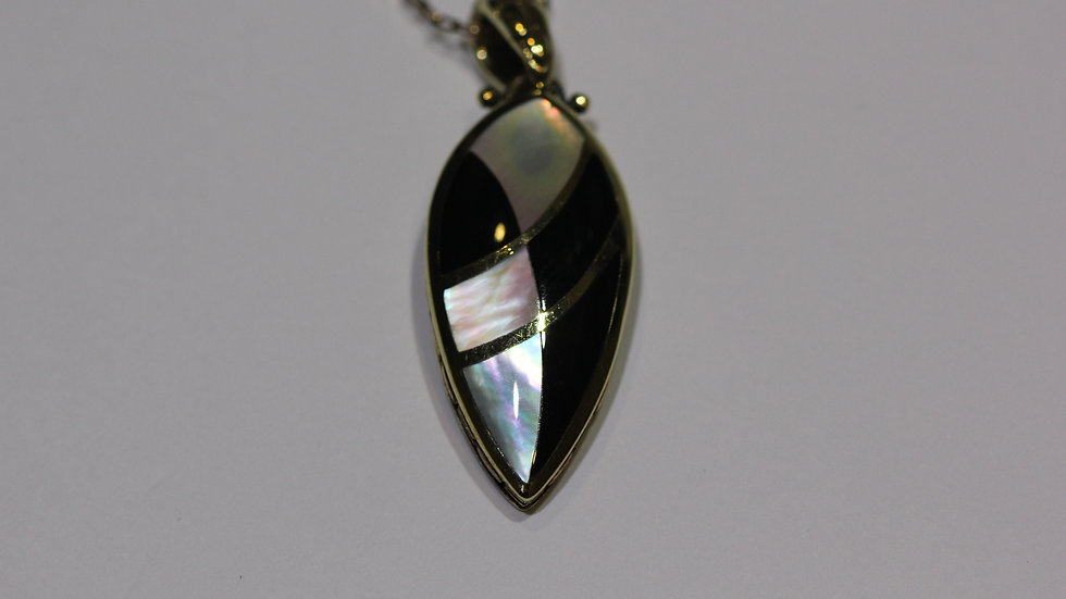 Onyx & Mother of Pearl Gold Pendant
