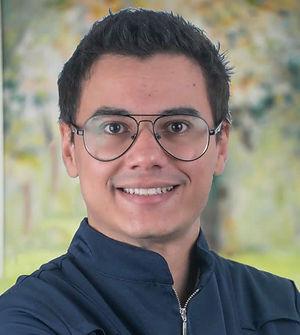 José_Carlos_Dornellas_com_fundo.jpg
