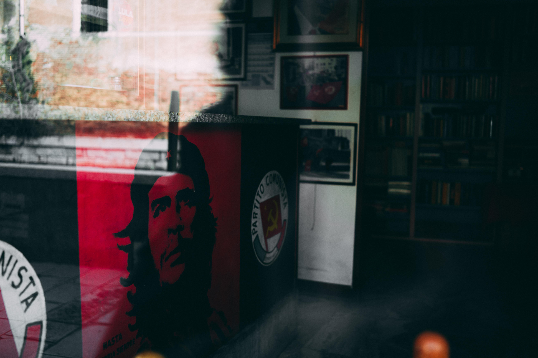 Venice Shop for a Communist
