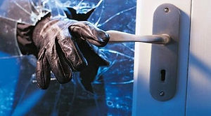 2-a-Robbers-break-into-MPA's-house.jpg