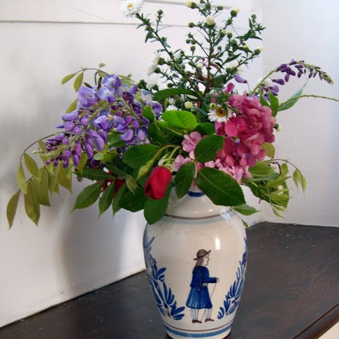 HB Quimper Camaïeu Blue Pitchet with a Bouquet from le Jardin