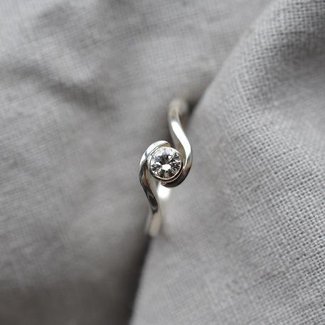 9ct White Gold 0.25ct Diamond Rubover Sweeping Shoulders Handmade Engagement Ring