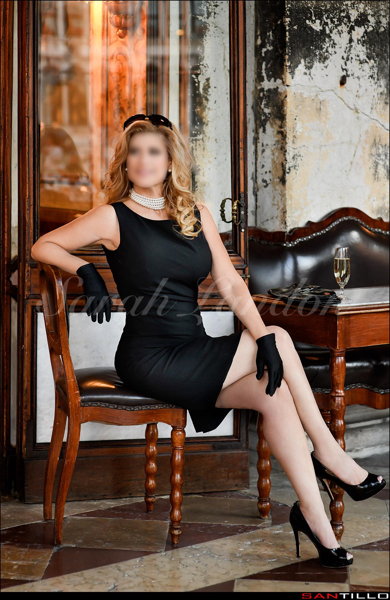 Sarah Landon Elegant VIP Companion