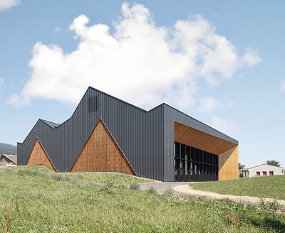 ArchiTravel_Polyvalent-Hall-In-Le-Vaud_m
