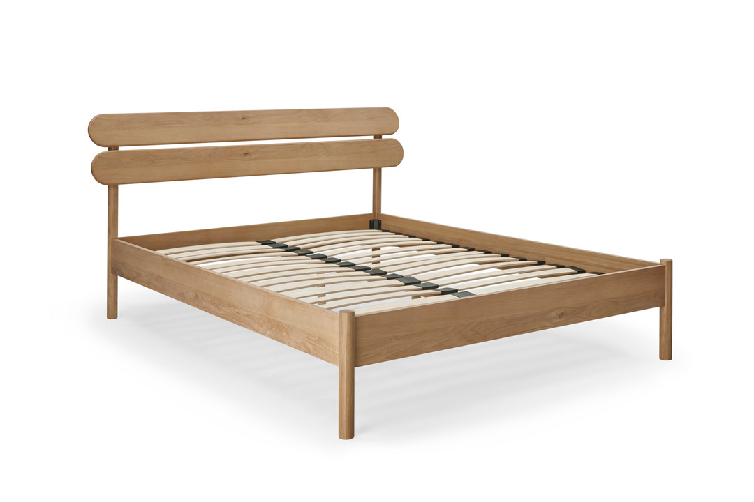 30370-001 Modena Bed OakWhiteOil_01.jpg