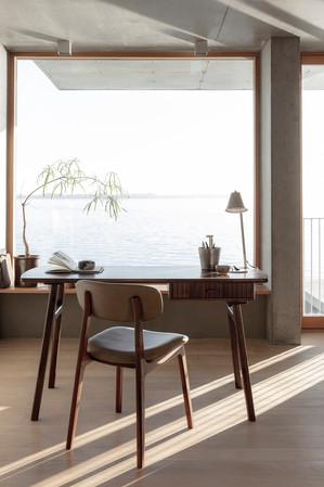 alaska-writingdesk-diningchair (1).jpg