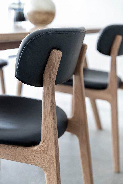 alaska-diningtable-diningchair (11).jpg