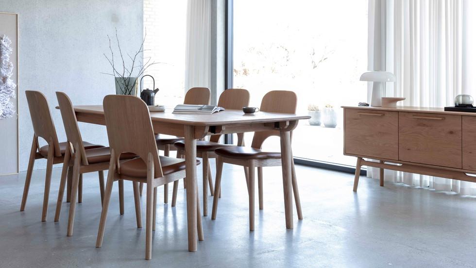 lancaster-diningtable-diningchair-sidebo