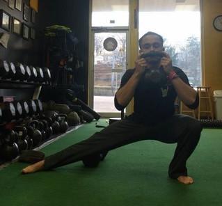 TRAINING   Improve your squats part1