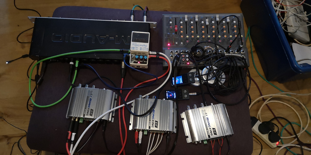 Sound is mixed and performed using desk, amps and FX pedals.
