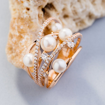 Кольцо с жемчугом 850 Цена 15 500 грн