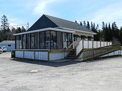 Place Petit Miami restaurant sur place ou à emporter pizza cabine chalet hotel vue fleuve Métis-sur-mer Gaspésie