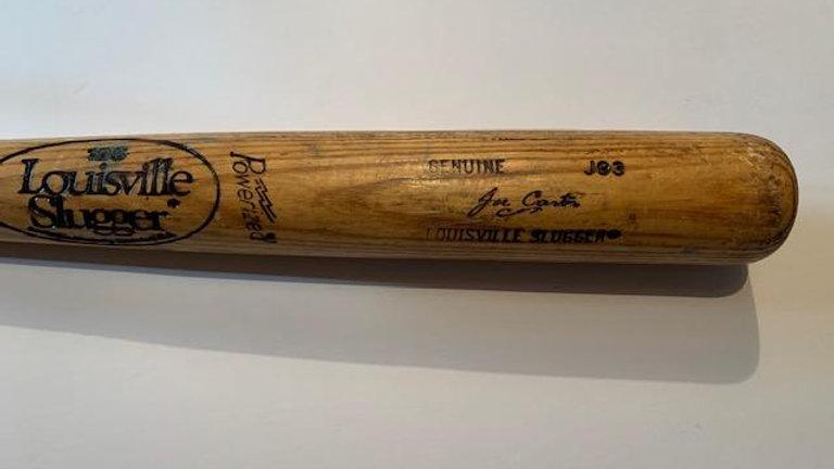 Joe Carter game used bat