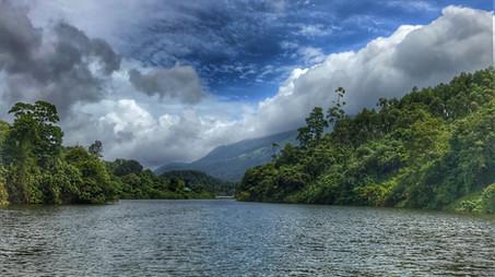 Munnar Lake Side