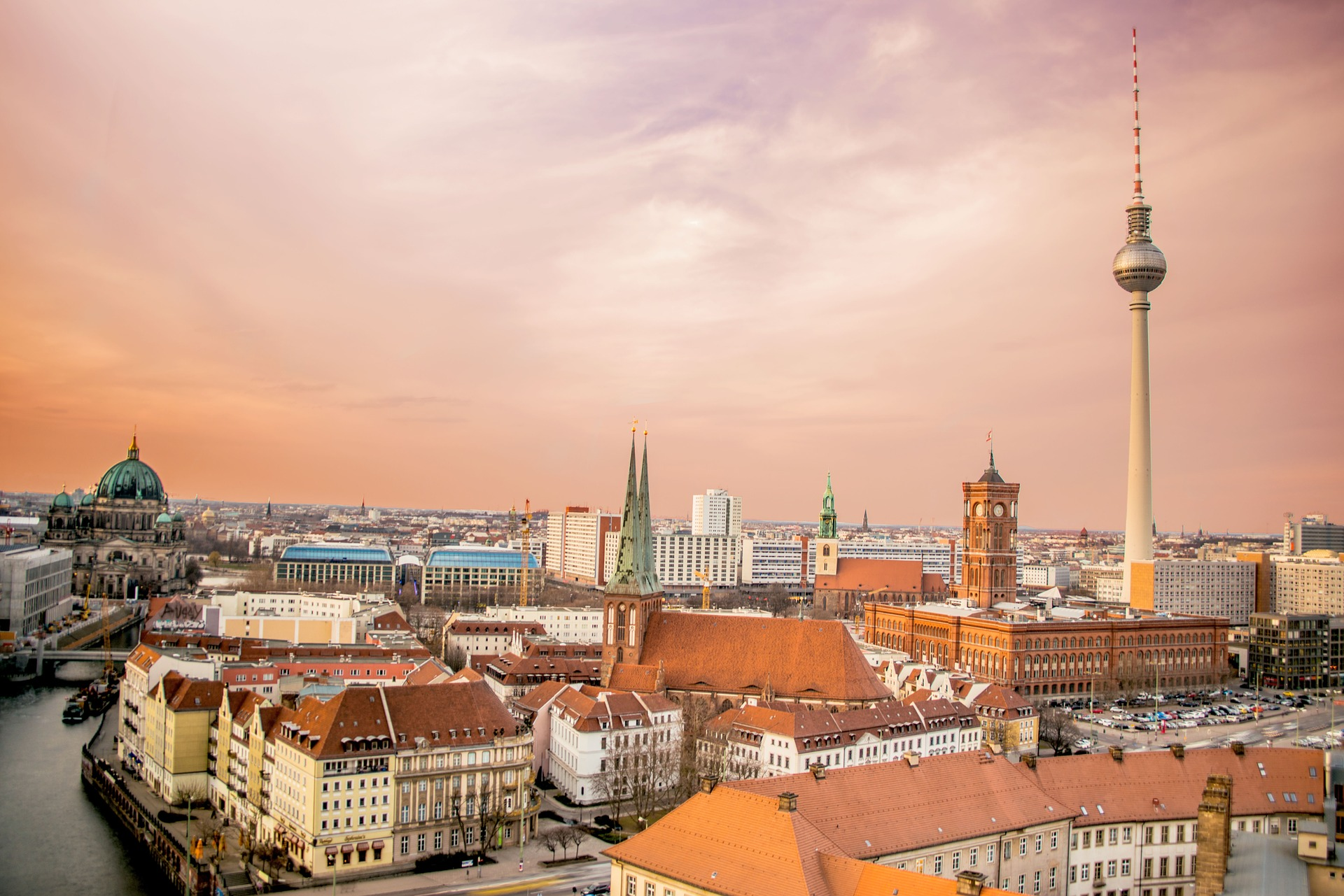 berlin-1249080_1920.jpg