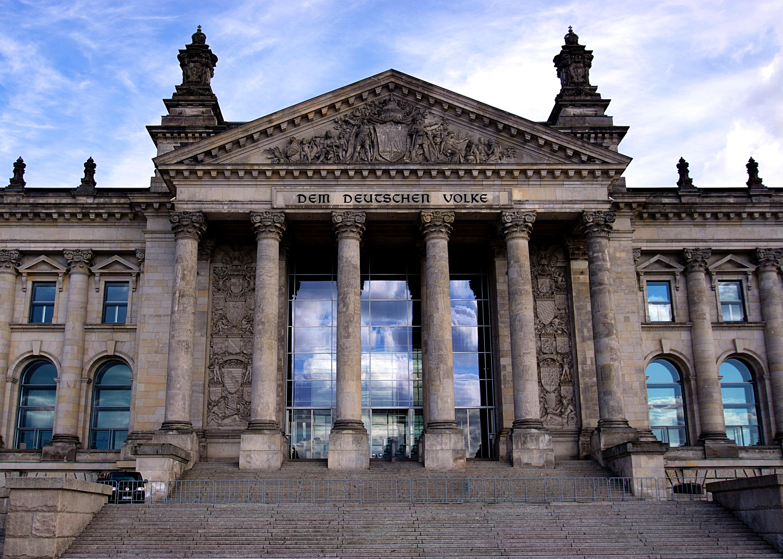 architektur-berlin-bundestag-109628.jpg