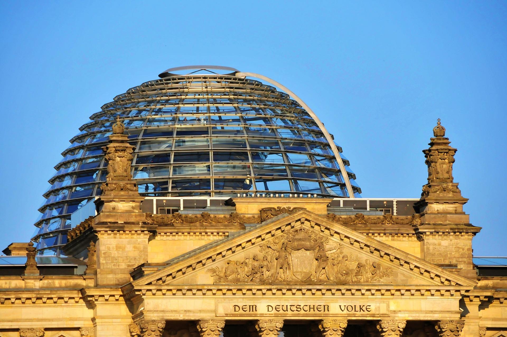 berlin-3930706_1920.jpg
