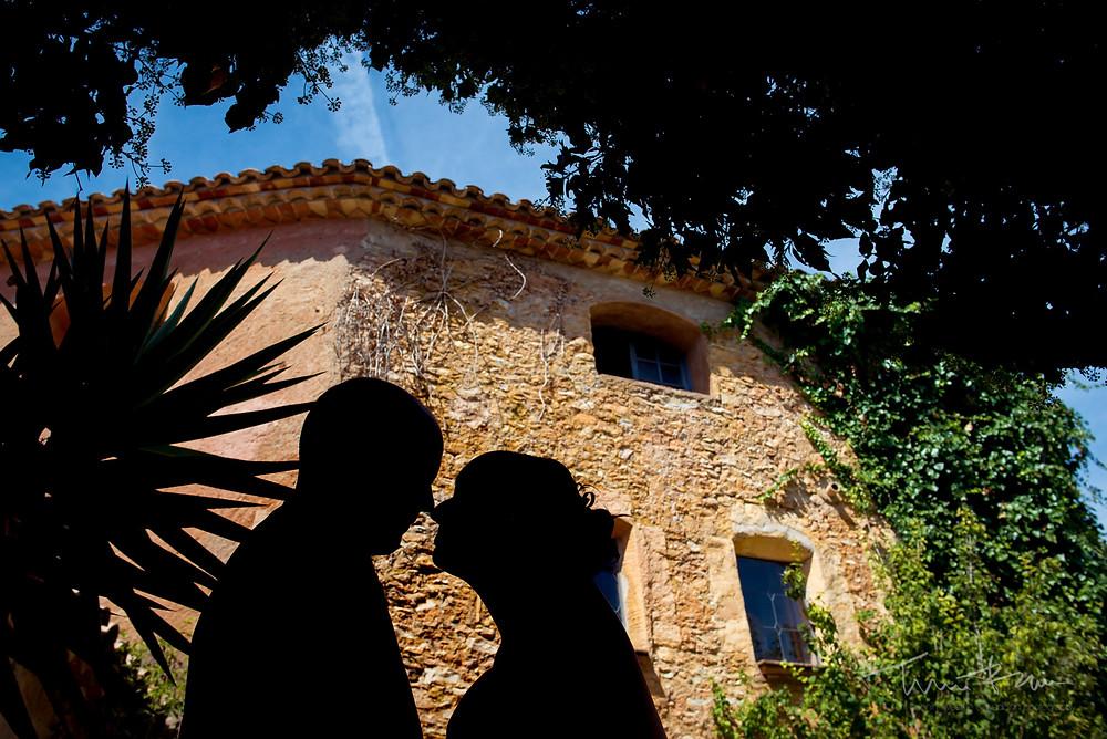 paseo novios Fotografía documenta Destination wedding photographer Tarragona  Barcelona