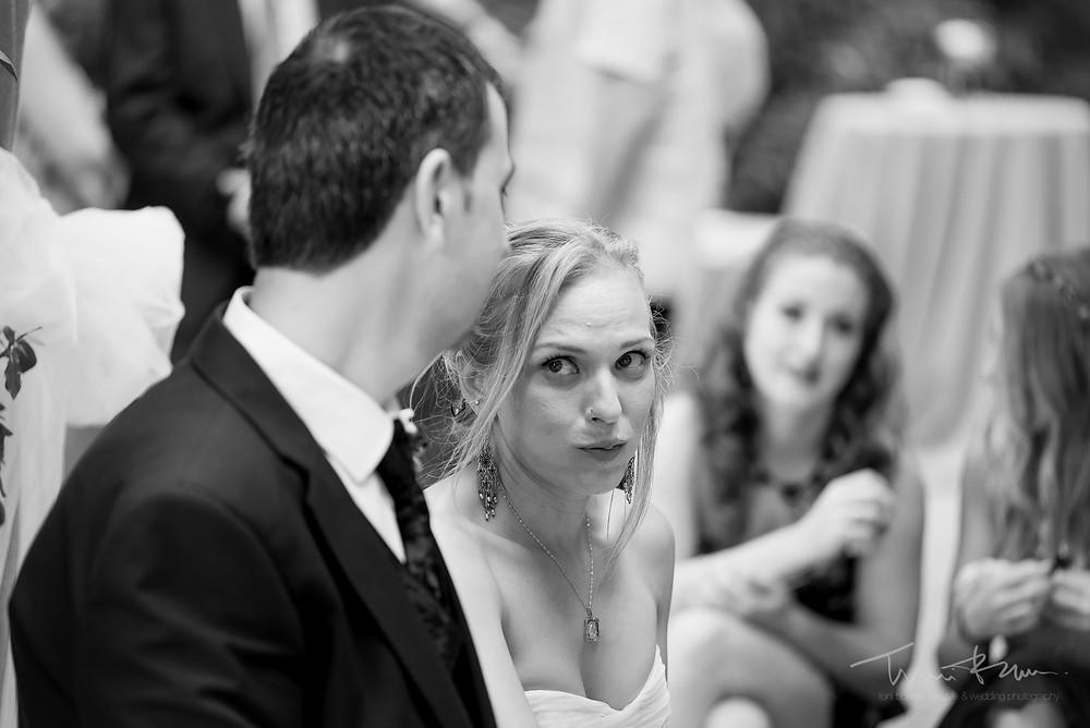 miradas nervios novios Fotografía documental Destination wedding photographer Tarragona  Barcelona