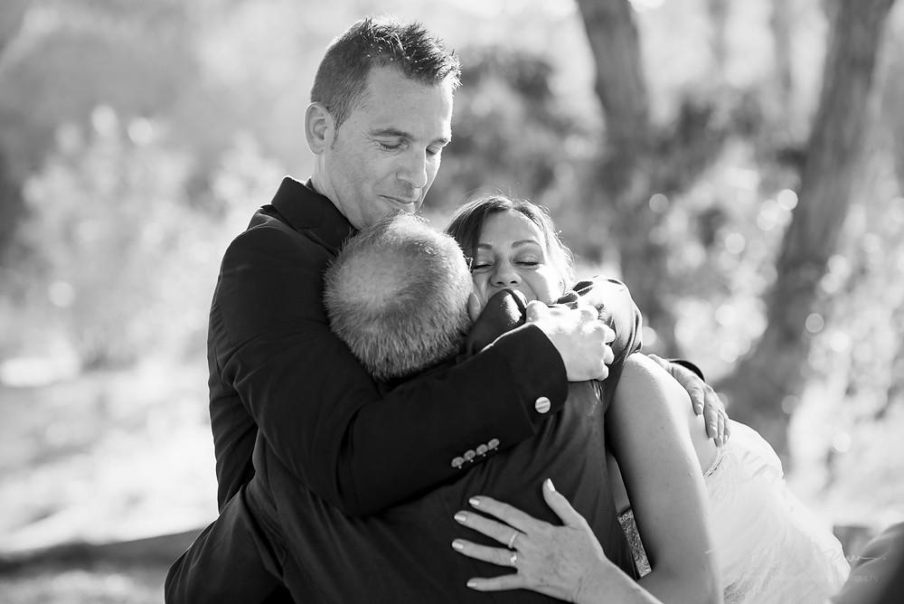 abrazo restaurant les Marines Fotografía documental Destination wedding photographer Tarragona  Barcelona