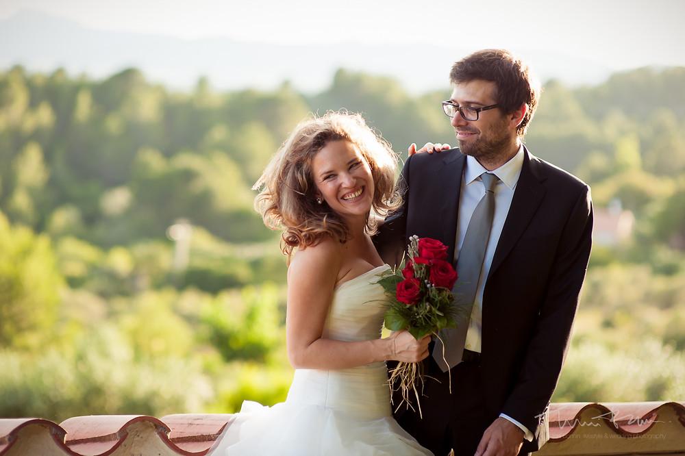novios Mas Folch boda Fotografía documental Destination wedding photographer Tarragona  Barcelona