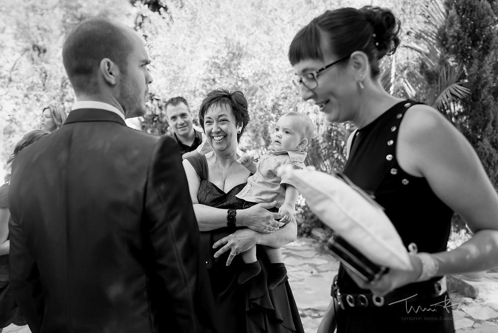 recepción invitados Fotografía documenta Destination wedding photographer Tarragona  Barcelona