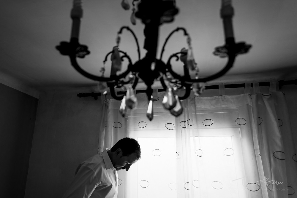 casa novio Fotografía documental Destination wedding photographer Tarragona  Barcelona