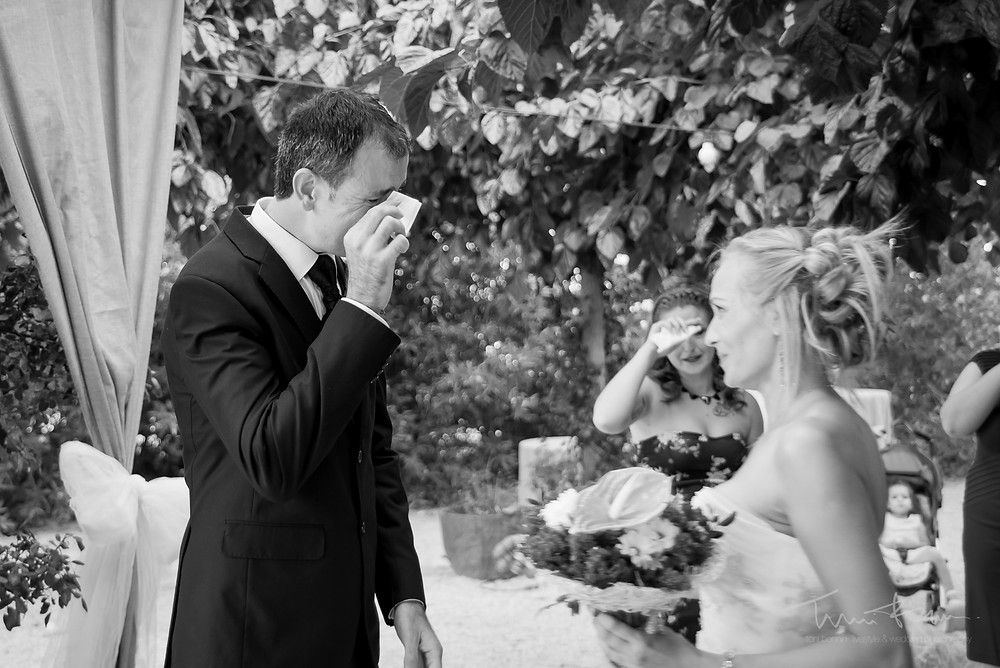 primera mirada first look Fotografía documental Destination wedding photographer Tarragona  Barcelona