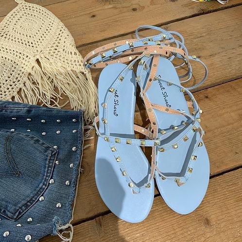 Sandali borchie con laccio