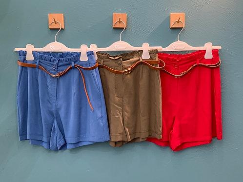 Short con cintura-  4 colori
