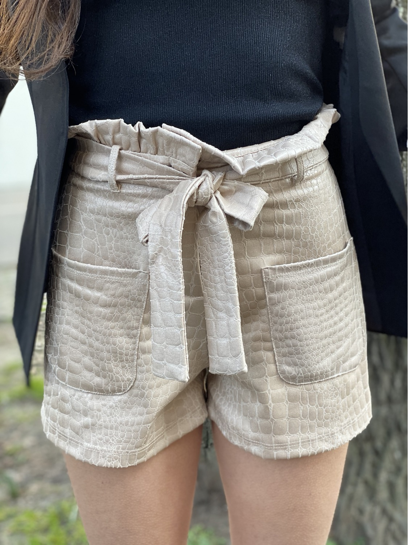 Thumbnail: Pantaloncino - ecopelle battuto cocco