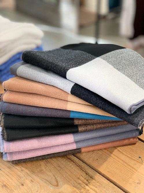 Sciarpa 70% viscosa 30% lana