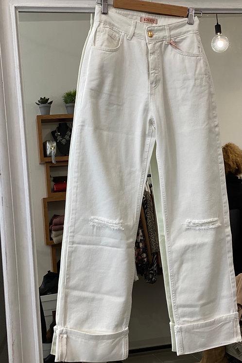Jeans bianco risvolto e strappi
