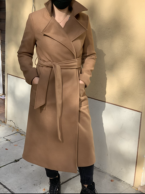 Cappotto con cintura con tascone