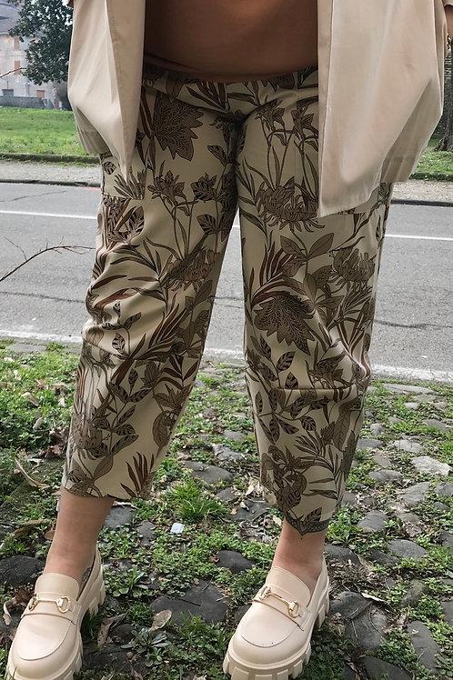 Pantaloni over fantasia