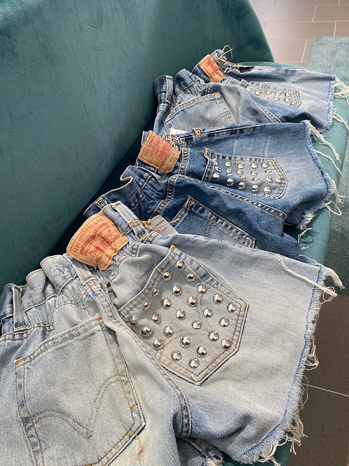 Jeans Levi's borchie caramella corti