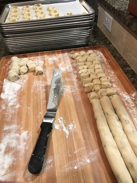 Cutting Cookie