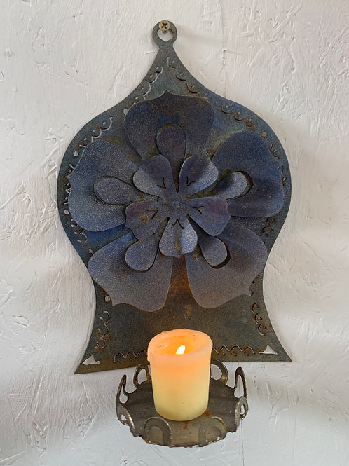 Blue flower wall sconce