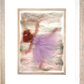 BB005 - Dancing Ballerina - €65
