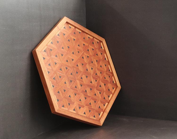 Charola Hexagonal KOI