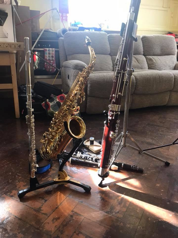 I had a great time this morning at Earl Sterndale Primary school showing them my woodwind instruments for their assembly. Please get in touch if you'd like a visit to your school :-)