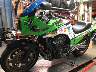 バイクの部品持ち込み、取り付けも歓迎でございますよ!