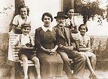 farkas-family_story.jpg