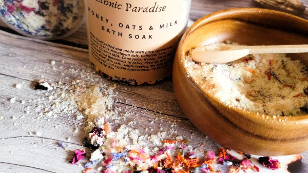 Honey, Oats & Milk Bath Soak
