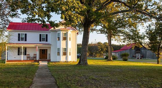 House&Barn (2).jpg