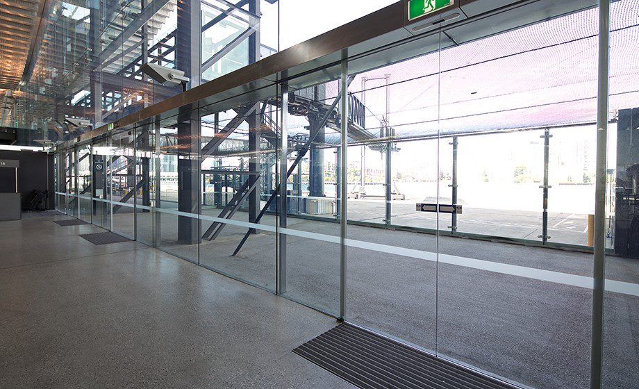 Frameless Automatic Door