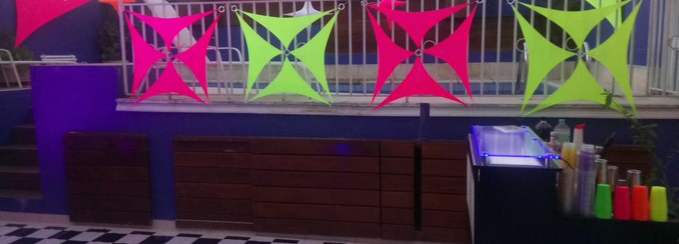 Malhas p Festa Neon