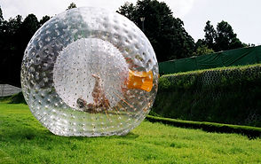 zorbing aquazorb ballule downhill