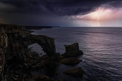 Lightning at the Green Bridge of Wales