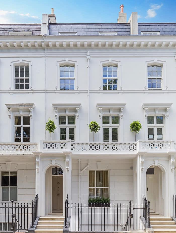 Cornice London Exterior mouldings service